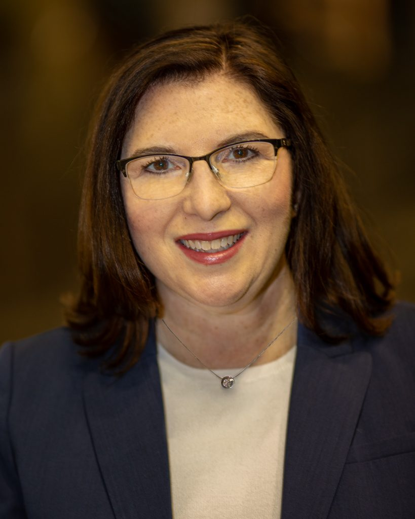 Lorie Savin
